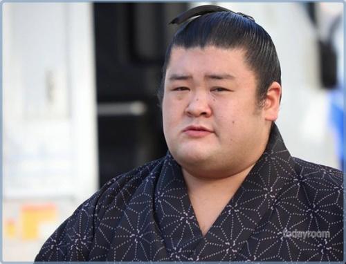 力士・響龍のwiki風経歴!相撲の名門・山口響高校出身!家族や結婚についても