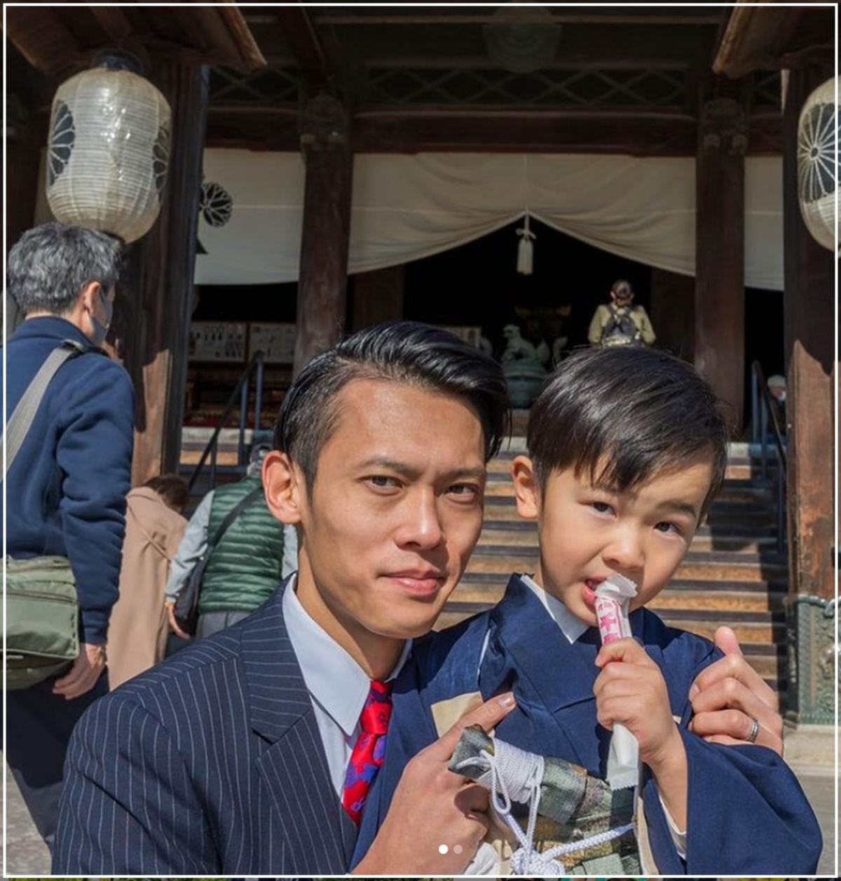 【顔画像】竹内択の嫁・新菜が美人で可愛い!子供は男の子3人!